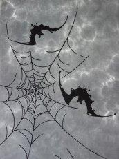 画像2: 雲井染手ぬぐい 蝙蝠に蜘蛛の巣 (2)