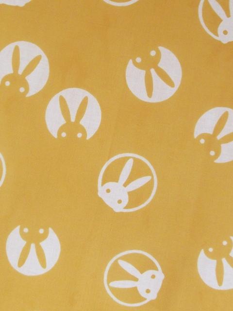 画像1: 手ぬぐい うさぎ 黄色
