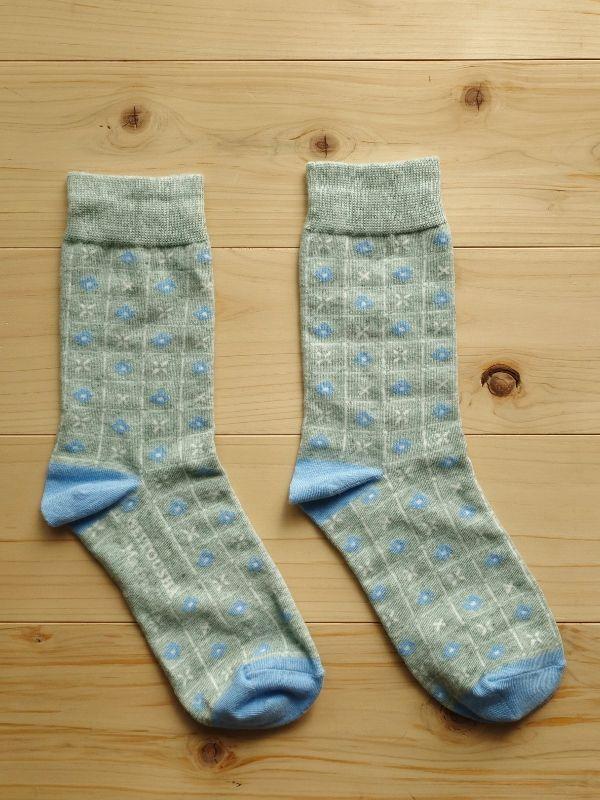 画像1: 星燈社の丸編み靴下 窓辺