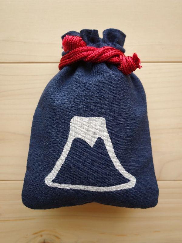 画像1: 守袋 富士山 紺色 (1)