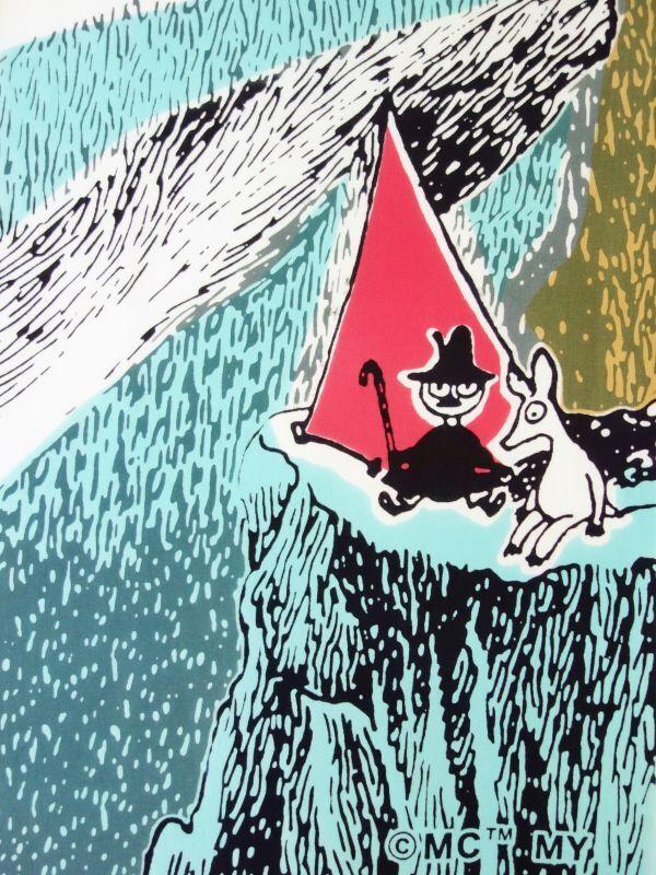 画像1: ムーミン手ぬぐい OUTDOORS テント レッド (1)